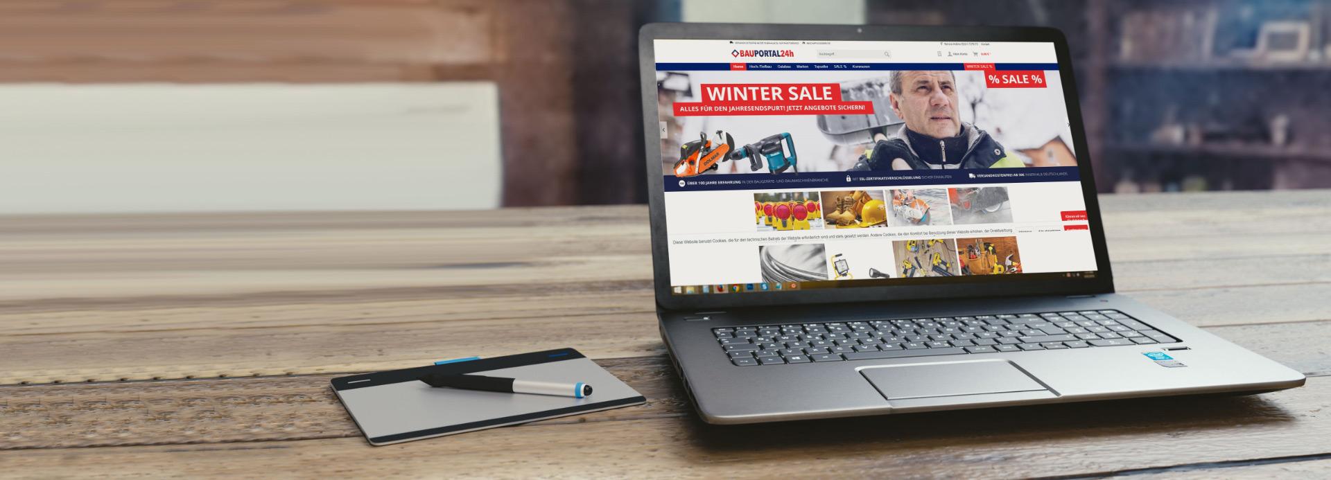 Foto mit Laptop und Website Bauportal24 für Onlineshop Erstellung