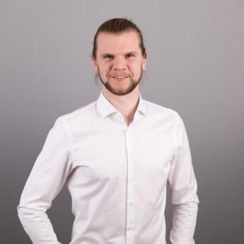 EXWE Geschäftsführer Chris für Software Entwicklung